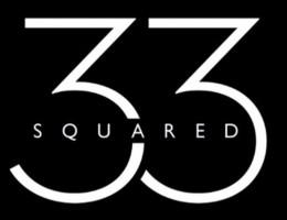 Σε μια άκρη της πλατείας Αναλήψεως στα Βριλήσσια, βρίσκεται το 33Squared - The Bar!