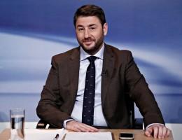 Ανδρουλάκης στα Παραπολιτικά 90,1: Στα εθνικά θέματα με όλα τα κόμματα του δημοκρατικού τόξου υπάρχει απόλυτη σύμπνοια