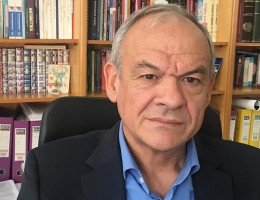 Πρόεδρος Ελληνικής εταιρίας Φαρμακολογίας στα Παραπολιτικά 90,1: Η κολχικίνη είναι μια καλή εξέλιξη στη μάχη κατά του κοροναϊού
