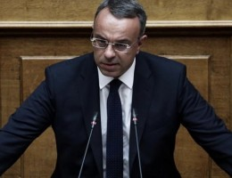 Σταϊκούρας στα Παραπολιτικά 90,1: Επιπλέον 3 δισ. ευρώ στον προϋπολογισμό για τους πληγέντες από την πανδημία